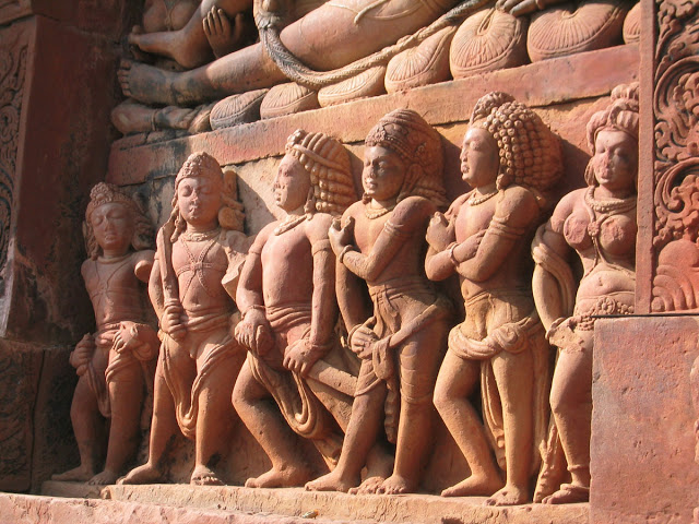 Relief from the DashAvatar Temple (500 CE)  in Deogarh, India. Draupadi (far right) with her five husbands, from the Mahābhārata.