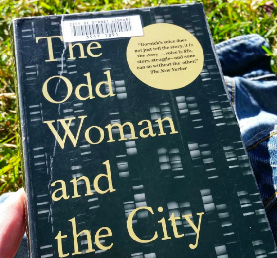 An image of the novel The Odd Woman and the City. Text only cover.